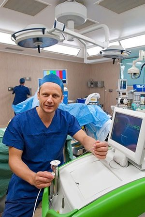 greenlight laser prostatectomy prostate cancer procedures details of the procedure with telescopic camera gold coast australia the prostate clinic min - GreenLight Laser Prostate Surgery